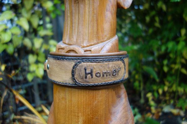 Hundehalsband mit Namenszug, Lederschnitt
