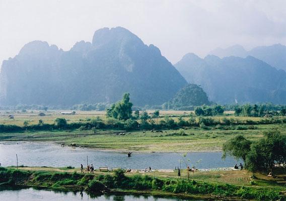 Pittoreske Naturlandschaften in Vang Vieng
