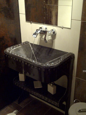 Lavabo made in Ribeaufontaine by Bernard Warez