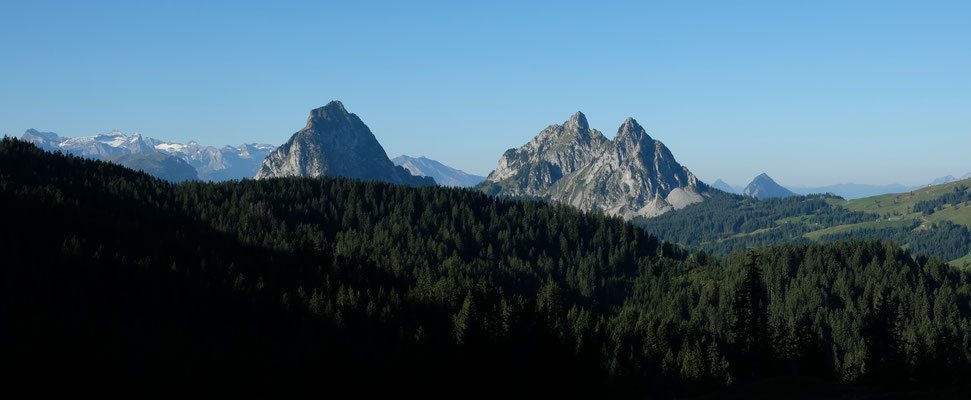Ein erster Blick auf die Berge