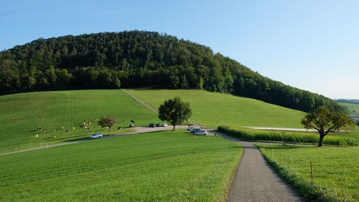 Parkplatz auf der Eichhöhe zwischen Bretzwil und Reigoldswil