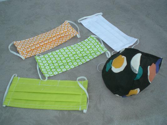 Gesichts-Schutzmasken (C.Virus) aus hygienischem Baumwollstoff genäht, doppellagig, waschbar, Mehrweg