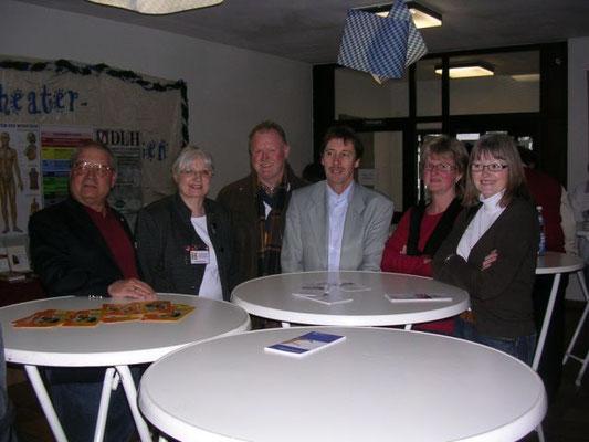 Hans Reiner kam mit Mitgliedern seiner SHG aus der Gäubodenstadt Straubing zum Forum.