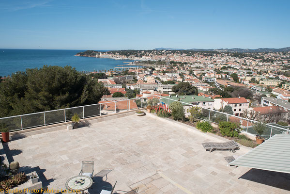 Photo immobilière par Vue aérienne d'un appartement terrasse sur Sanary.