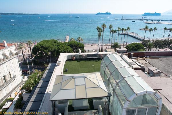 Photo immobilière par Vue aérienne d'une terrasse d'appartemet sur la Croisette à Cannes