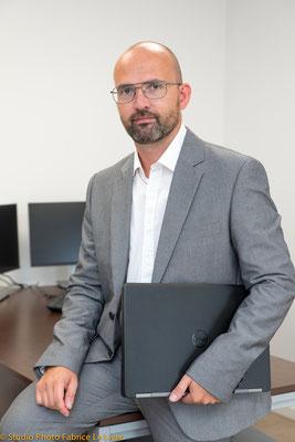 Portrait corporate dynamique d'un cadre