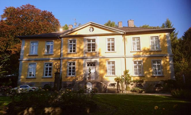 Denkmalgeschütztes Herrenhaus in Dortmund wird saniert und umgebaut