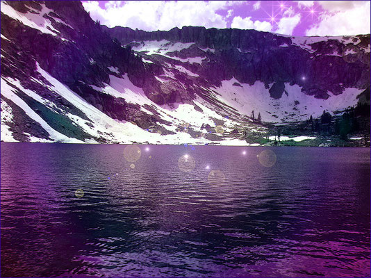 "Solitude Lake ""Lago violeta de Quan Yin"""