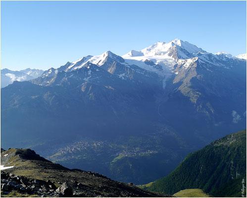 Augstbordhorn Mischabel mit Riedgletscher unten Grächen