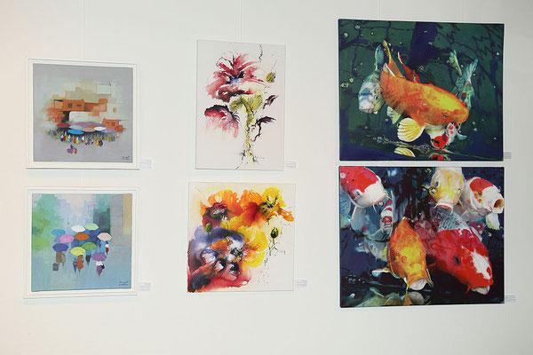 Werke von Marwayit Hapiz, Renate Günthner, Manfred Gleixner (von links nach rechts)