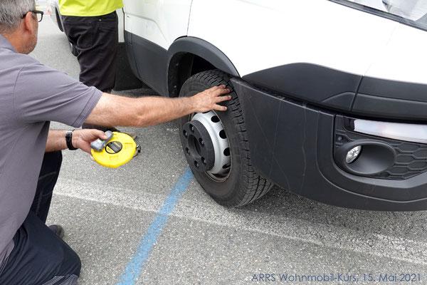 Reifenprüfung