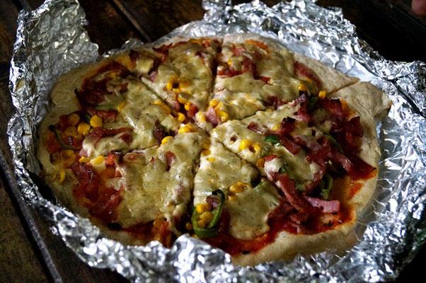 ピザを焼きました。