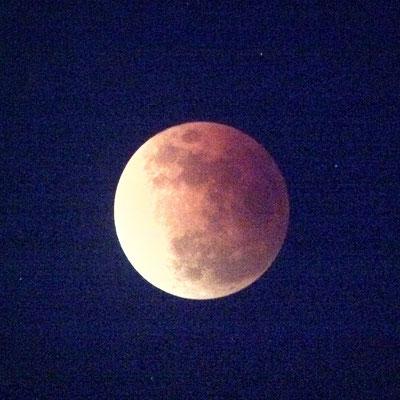 赤銅色の月食