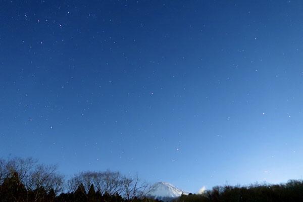 屋上からの夜空