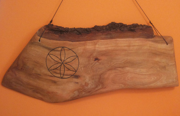 Kirschholz mit Sonnenmalerei , 25x45cm , geölt