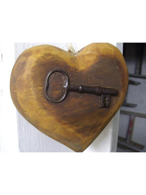 Schlüsselherz 29,-€  verkauft ist aber nachzufertigen