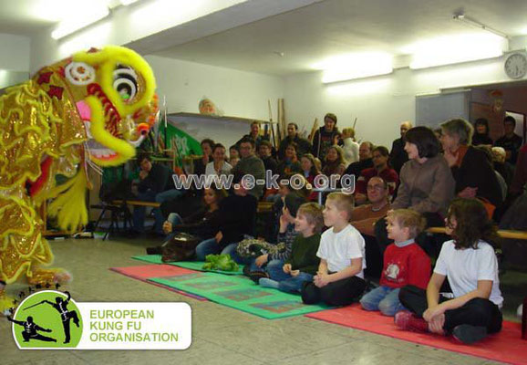 Kung Fu SHOW in der JIng Wu Schule Köln