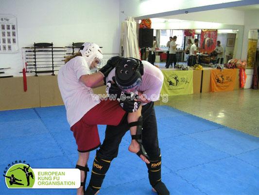 Effektive und realistische Selbstverteidiung war stets ein Kernelement des traditionellen Kung Fu.