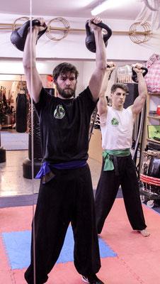 Krafttraining für Kampfsport, Kampfkunst: Kettlebells