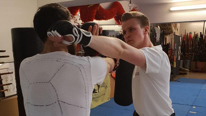 Kampftechnik des Mantis Kung Fu Stils