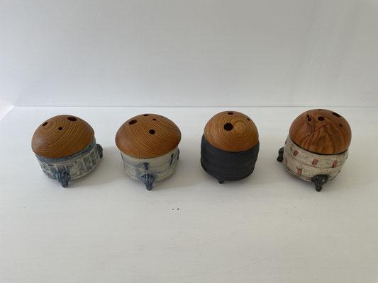 新作の蓋物です。FUTAMONO-YA、陶芸家森下真吾と家具工房ZEROSSOの木工作家清水泰とのコラボレーションブランド。