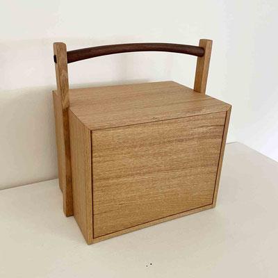 茶人の箱/おかもち・倹飩蓋。裏側も美しいです。家具工房ZEROSSO、清水泰のオリジナル茶道具。