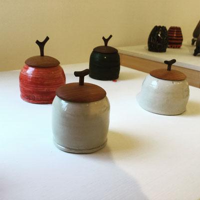 森下真吾&清水泰 コラボレーション作品の一つ「蓋物」。Gallery ZEROSSO、家具工房ZEROSSO内