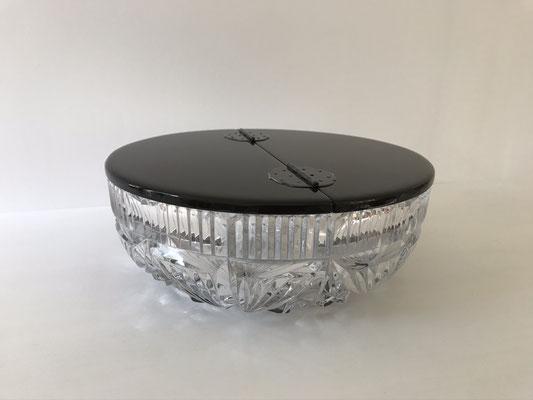 水指の蓋。ZEROSSO、清水泰のオリジナル作品です。Gallery ZEROSSO、家具工房ZEROSSO。
