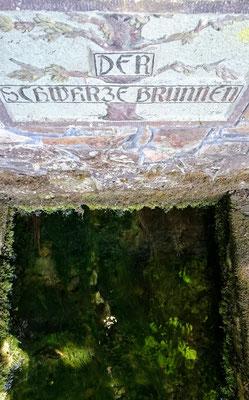 Schwarzer Brunnen in Schwarzenbrunn