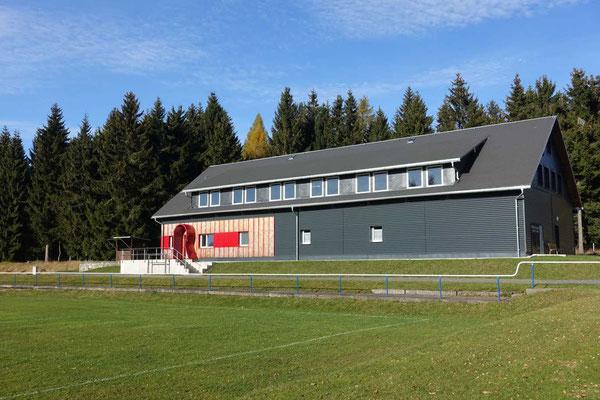Start am Bahnhof Igelshieb, Rennsteighaus