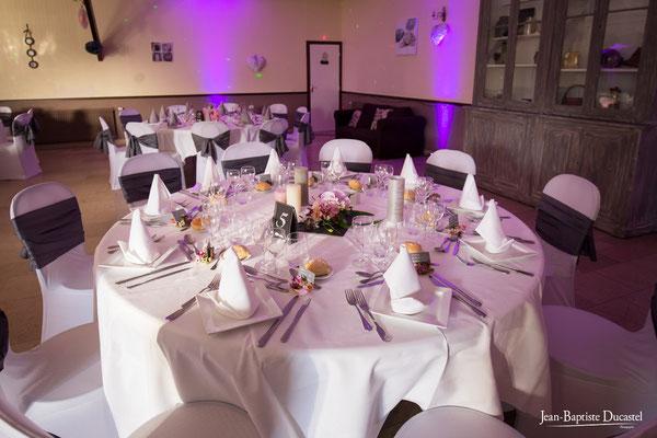 Salle de réception du restaurant Les Tisons traiteur en Picardie