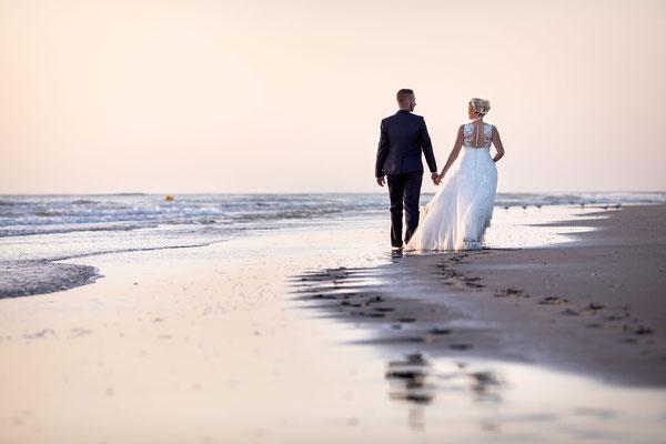 Séance après mariage sur la plage de Fort Mahon