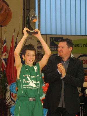 MVP 2011 : Charles Perrier (Athénée Jupille - Belgique)