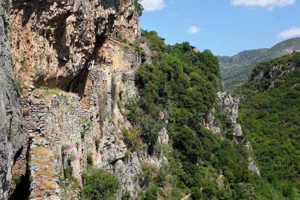 Abstecher zu den Ruinen des alten Philosophos-Kloster, Lousios-Schlucht