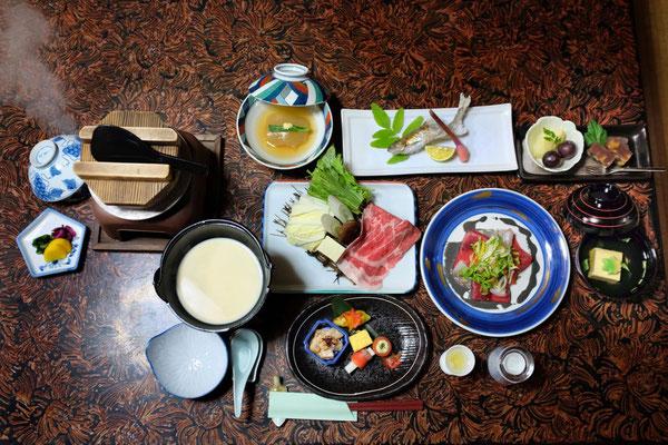 Leicht & gesund schmeckt ausgezeichnet – Kaiseki Mahl in Kawayu Onsen