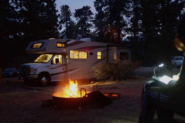 Campfire im Moraine Park Rocky Mountain NP