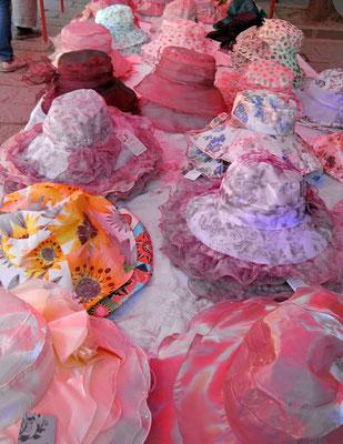 Hutmode im ländlichen China, Shaxi Markttag