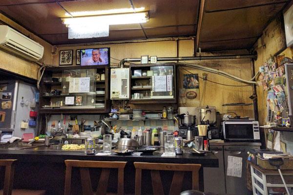 Uriges Lokal Chitose mit dem besten Okonomiyaki in Osaka