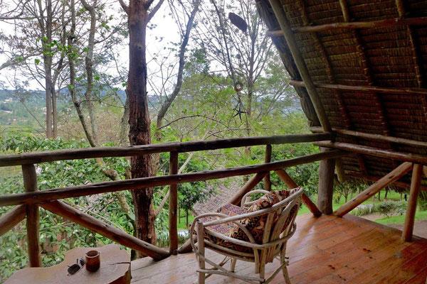 Chalet Balkon der Karama Lodge in Arusha