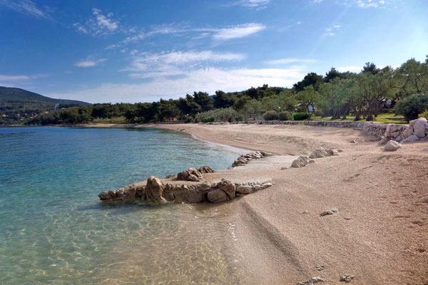 Strand Camping  Kovacine  auf Cres