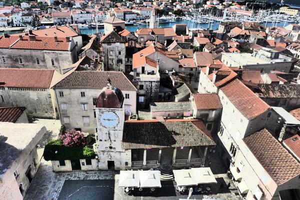 Blick vom Glockenturm der Kathedrale Sveti Lovro, Trogir