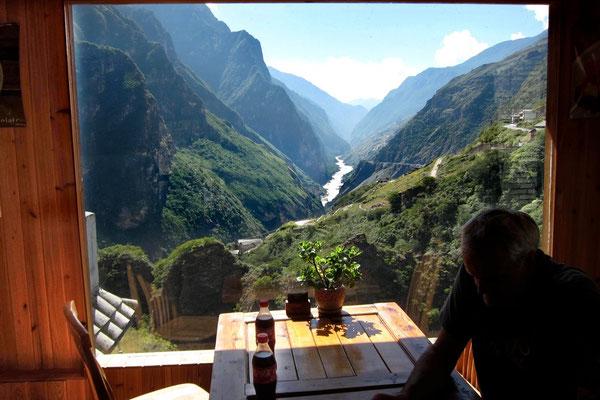 Tigersprungschlucht Einkehr: Das River Café am Middle Tiger Leaping Gorge