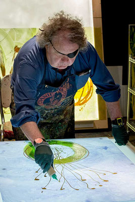Chihuly in seinem Studio 2017 Foto: chihuly.com