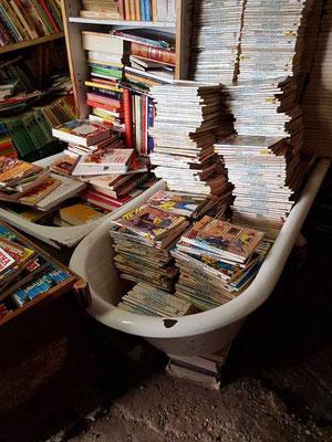 Libreria Acqua Alta Venedig Second Hand Buchhandlung