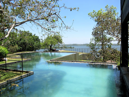 Pool im 7. Stock HERITANCE KANDALAMA Eco-Hotel Sri Lanka