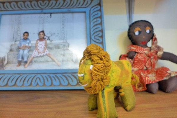UPENDO MEANS LOVE mit schönen Kindersachen