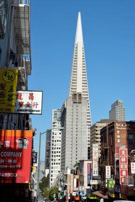 Chinatown San Francisco Blick auf Financial District, Transamerica Pyramide