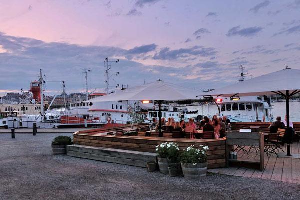 Restaurant-Terrasse 'Torpedversktaden' auf Skeppsholmen Stockholm