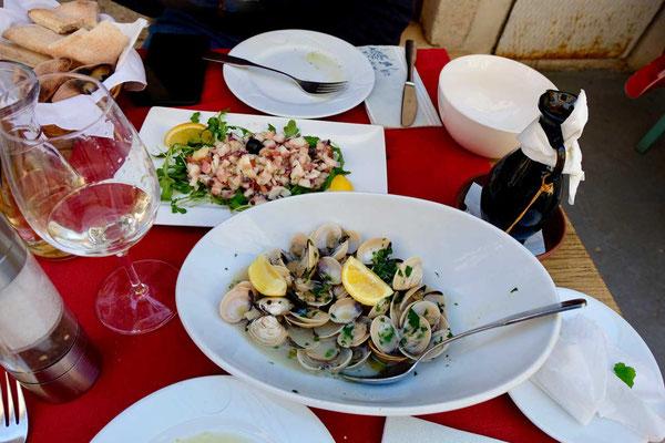 Fischgerichte Restaurant Mani Altstadt Umag