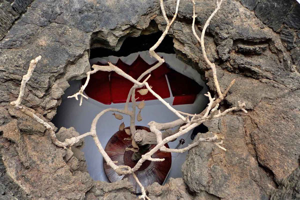 Blick ins Vulkanblase-Zimmer – Fundación César Manrique Museum Tahíche